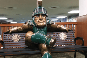 bench-bronze-sparty